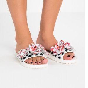 Women's Sloane Timeless Roses Slide Sandal